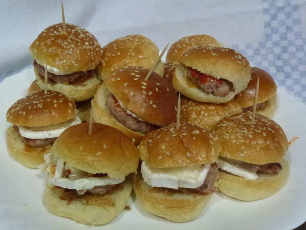 mini hamburgueses